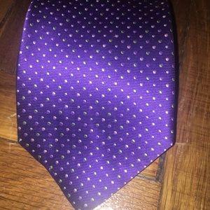 Giorgio Armani 100% silk tie. purple with dots.